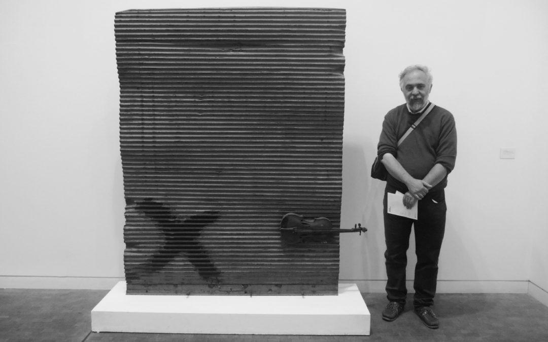 ADORNO, SABBIA DI FRAMMENTI – di Francesco Denini (2014)